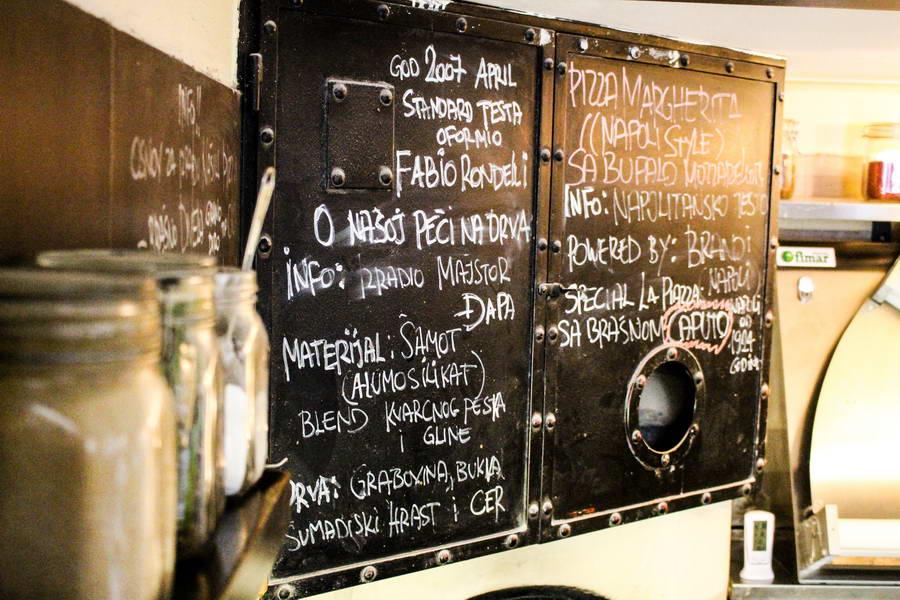 La_Piazza_Italijanski_restoran_02