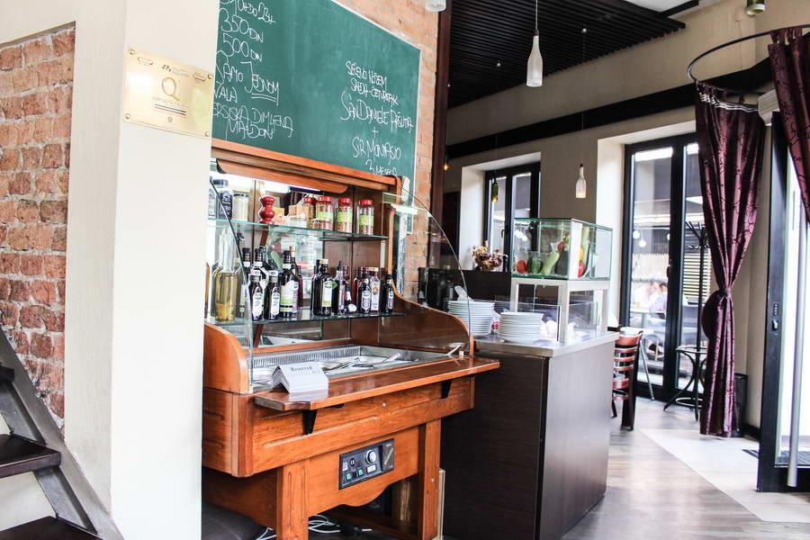 La_Piazza_Italijanski_restoran_08